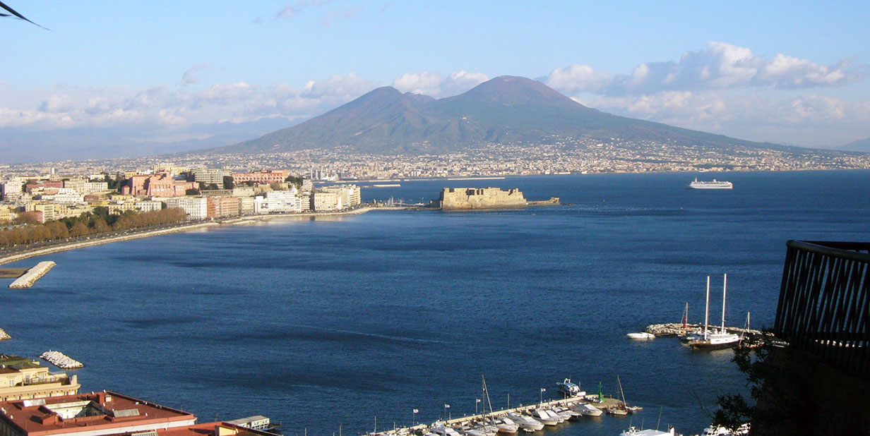 Napoli ed il Vesuvio - by Luciano (Flickr)